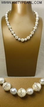 Fresh water pearl (9-10mm) and Sea water pearl (7-8mm) necklace - silver 925 clasp.JPG