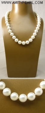 Shell pearl necklace - 10mm white round.JPG